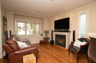 Photo 9: 349 E 4TH STREET in North Vancouver: Lower Lonsdale 1/2 Duplex for sale : MLS®# R2357642