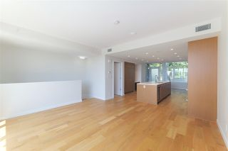 "Photo 6: 778 ARTHUR ERICKSON Place in West Vancouver: Park Royal Townhouse for sale in ""EVELYN - Townhome"" : MLS®# R2549236"