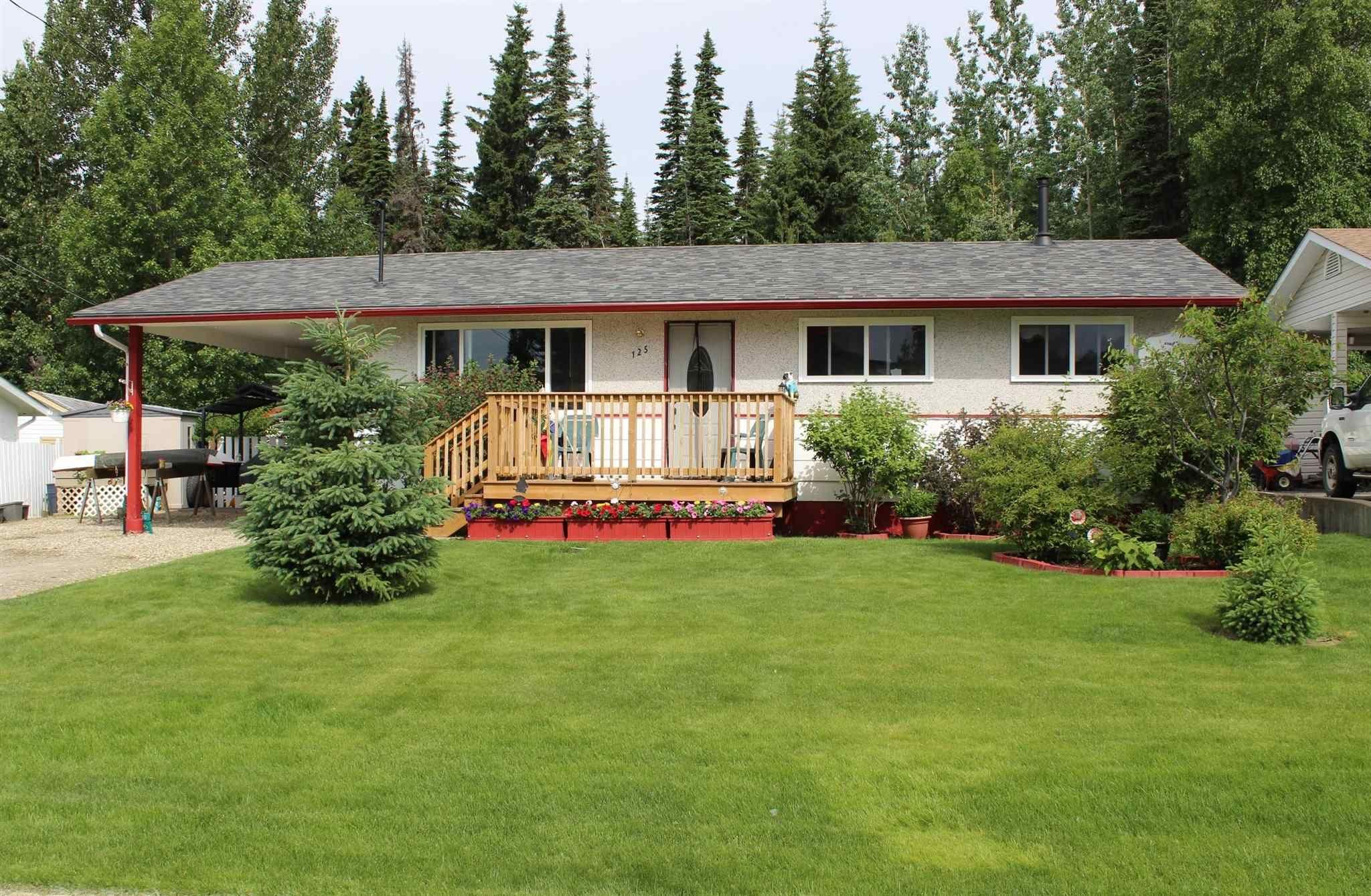 Main Photo: 125 SUMMIT Crescent in Mackenzie: Mackenzie -Town House for sale (Mackenzie (Zone 69))  : MLS®# R2596173