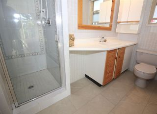 Photo 12: 655 FORESTHILL Place in Port Moody: North Shore Pt Moody House for sale : MLS®# R2443767