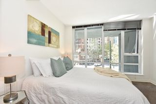 """Photo 15: 312 788 HAMILTON Street in Vancouver: Downtown VW Condo for sale in """"TV Towers"""" (Vancouver West)  : MLS®# R2364675"""
