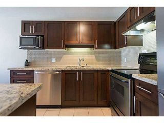 """Photo 13: 306 833 W 16TH Avenue in Vancouver: Fairview VW Condo for sale in """"The Emerald"""" (Vancouver West)  : MLS®# V1063181"""