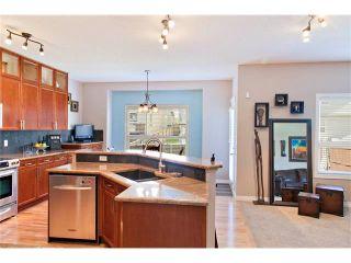 Photo 10: 129 ROYAL BIRCH Bay NW in Calgary: Royal Oak House for sale : MLS®# C4074421