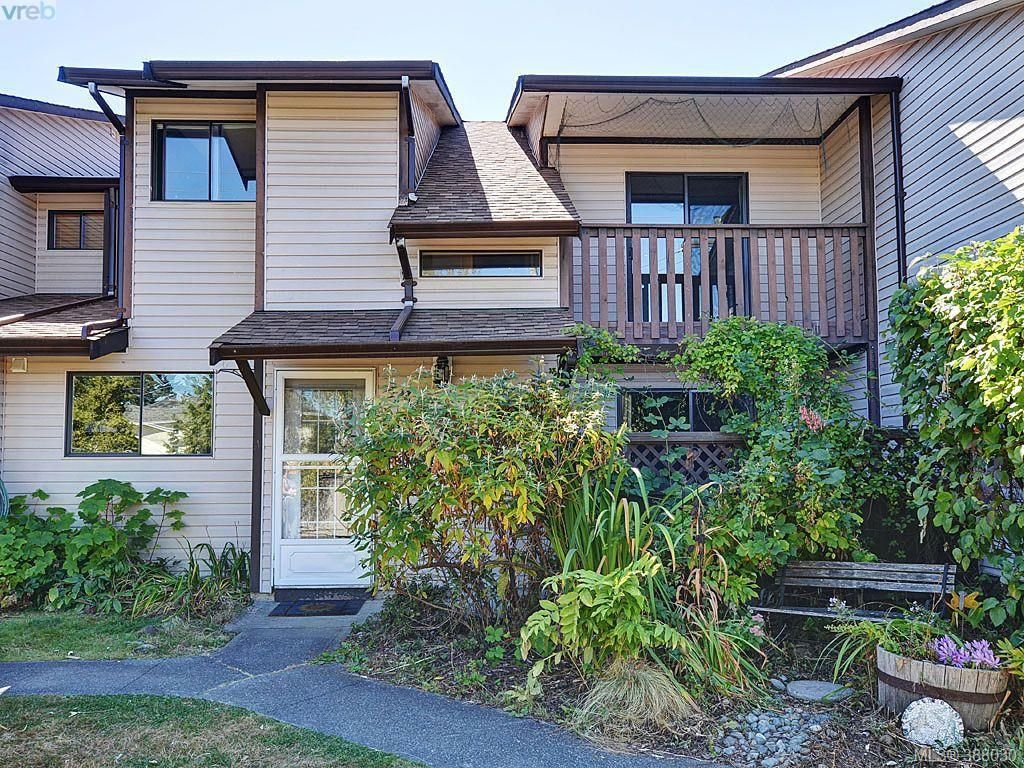 Main Photo: 35 1506 Admirals Rd in VICTORIA: VR Glentana Row/Townhouse for sale (View Royal)  : MLS®# 779758