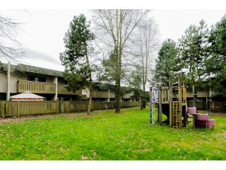 Photo 18: 22737 GILLEY AV in Maple Ridge: East Central Condo for sale : MLS®# V1108009