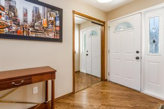 Photo 2: 44 SUNLAKE Circle SE in Calgary: Sundance Detached for sale : MLS®# C4219833