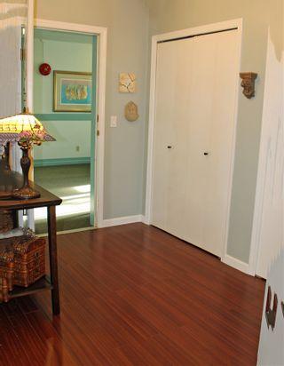 "Photo 4: 206 4989 47 Avenue in Delta: Ladner Elementary Condo for sale in ""Park Regent"" (Ladner)  : MLS®# R2322490"