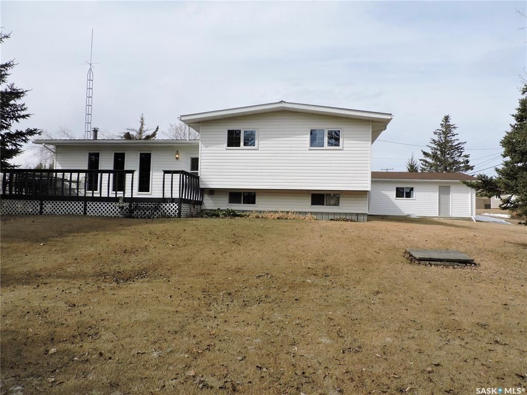Main Photo: 202 Main Street in Endeavour: Residential for sale : MLS®# SK849542