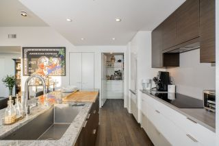 """Photo 7: 1402 1688 PULLMAN PORTER Street in Vancouver: Mount Pleasant VE Condo for sale in """"NAVIO AT THE CREEK"""" (Vancouver East)  : MLS®# R2554724"""