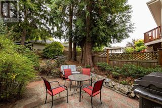 Photo 28: 2115 Chambers St in Victoria: House for sale : MLS®# 886401
