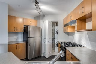Photo 14: 311 400 KLAHANIE DRIVE in Port Moody: Port Moody Centre Condo for sale : MLS®# R2483122