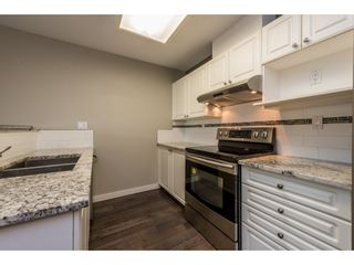 """Photo 5: P01 13880 101 Avenue in Surrey: Whalley Condo for sale in """"ODYSSEY TOWERS"""" (North Surrey)  : MLS®# R2195711"""