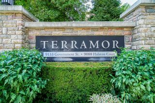 """Photo 1: 129 9133 GOVERNMENT Street in Burnaby: Government Road Townhouse for sale in """"TERRAMOR"""" (Burnaby North)  : MLS®# R2601153"""