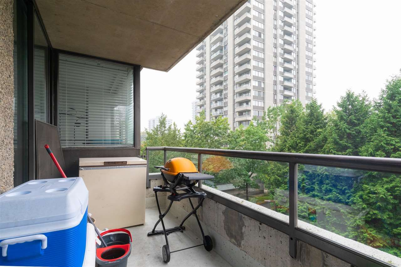 """Photo 6: Photos: 505 3970 CARRIGAN Court in Burnaby: Government Road Condo for sale in """"THE HARRINGTON"""" (Burnaby North)  : MLS®# R2499322"""
