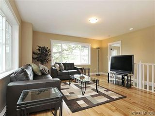 Photo 3: 1274 Vista Hts in VICTORIA: Vi Hillside Half Duplex for sale (Victoria)  : MLS®# 611096