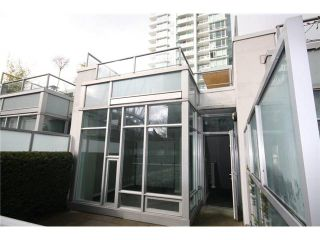 Photo 16: 688 CITADEL PARADE in Vancouver: Downtown VW Townhouse for sale (Vancouver West)  : MLS®# V1047905