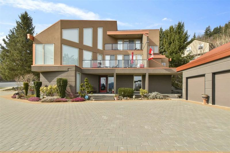 FEATURED LISTING: 35503 OLD YALE Road Abbotsford