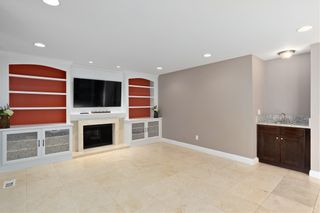 Photo 13: RANCHO SAN DIEGO House for sale : 4 bedrooms : 1542 Woody Hills Dr in El Cajon
