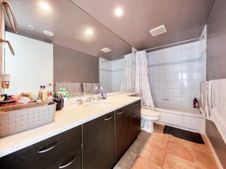 """Photo 14: 2701 1331 ALBERNI Street in Vancouver: West End VW Condo for sale in """"THE LIONS"""" (Vancouver West)  : MLS®# R2576100"""