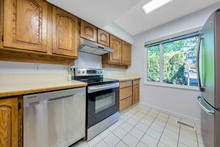 """Photo 20: 464 LEHMAN Place in Port Moody: North Shore Pt Moody Townhouse for sale in """"EAGLEPOINT"""" : MLS®# R2604397"""