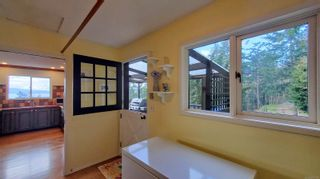 Photo 13: 3703 Signal Hill Rd in : GI Pender Island House for sale (Gulf Islands)  : MLS®# 870335