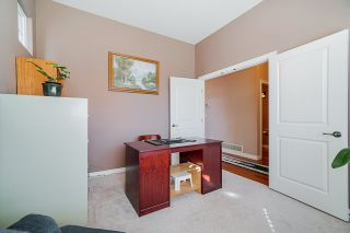 """Photo 3: 6955 196A Street in Langley: Willoughby Heights House for sale in """"Camden Park"""" : MLS®# R2446076"""
