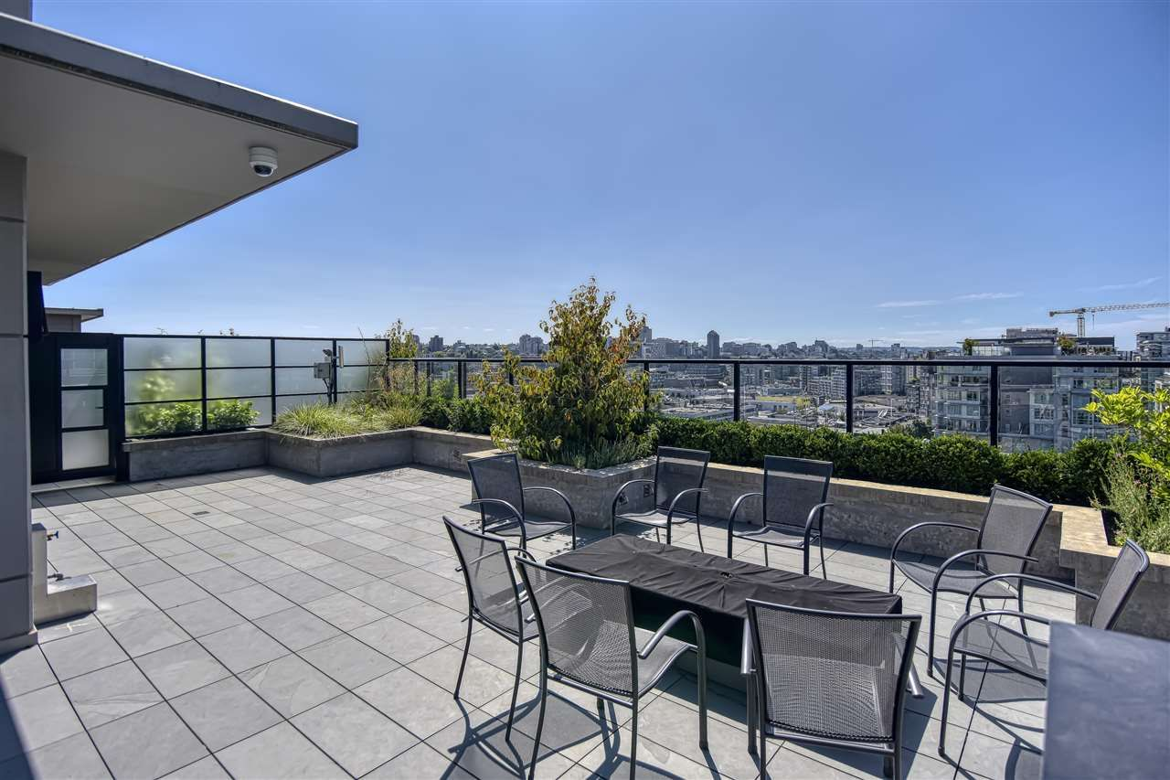 "Photo 19: Photos: 1102 1788 ONTARIO Street in Vancouver: Mount Pleasant VE Condo for sale in ""Proximity"" (Vancouver East)  : MLS®# R2478098"
