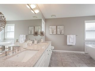 """Photo 14: 21773 46A Avenue in Langley: Murrayville House for sale in """"Murrayville"""" : MLS®# R2475820"""
