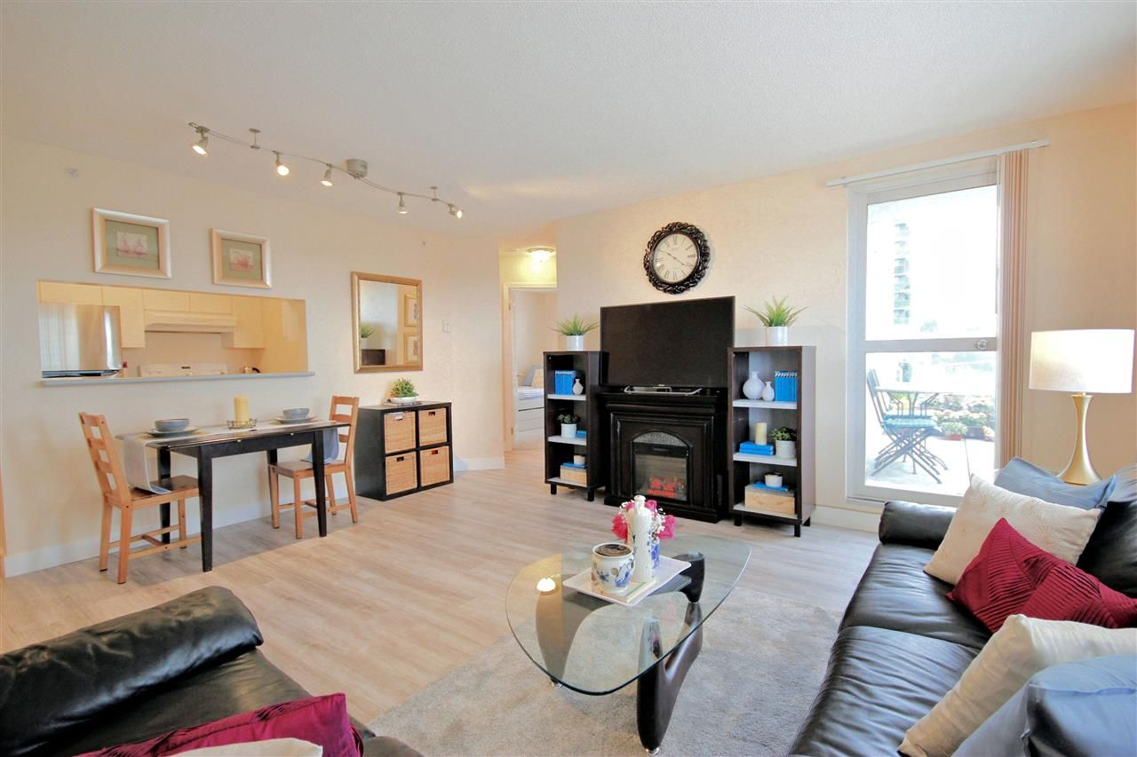 """Main Photo: 502 3455 ASCOT Place in Vancouver: Collingwood VE Condo for sale in """"QUEENS COURT"""" (Vancouver East)  : MLS®# R2557601"""