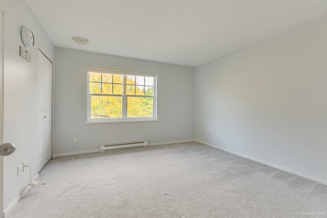 """Photo 15: Photos: 39 101 FRASER Street in Port Moody: Port Moody Centre Townhouse for sale in """"CORBEAU"""" : MLS®# R2410507"""