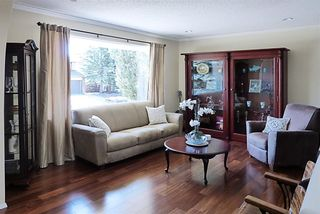Photo 2: 167 WOODSIDE Circle SW in Calgary: Woodlands House for sale : MLS®# C4130402