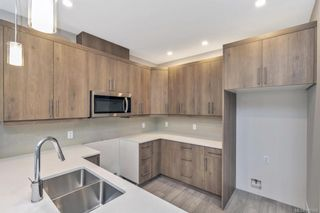 Photo 32: 2117 Echo Valley Pl in : La Bear Mountain Row/Townhouse for sale (Langford)  : MLS®# 845596