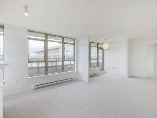 """Photo 10: 720 2799 YEW Street in Vancouver: Kitsilano Condo for sale in """"TAPESTRY AT THE O'KEEFE"""" (Vancouver West)  : MLS®# R2537614"""