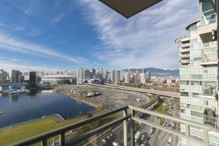 """Photo 7: 1905 1128 QUEBEC Street in Vancouver: Mount Pleasant VE Condo for sale in """"THE NATIONAL"""" (Vancouver East)  : MLS®# R2232561"""