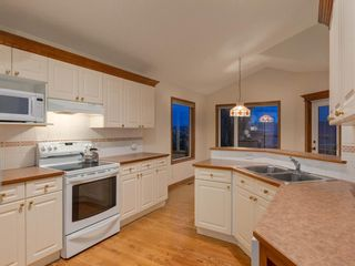 Photo 11: 30 SCIMITAR Court NW in Calgary: Scenic Acres Semi Detached for sale : MLS®# A1027323