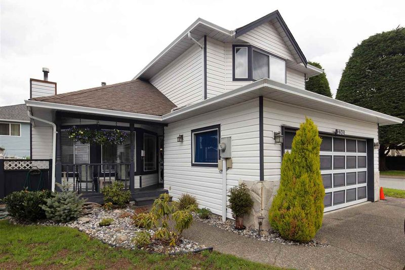 FEATURED LISTING: 3241 DAVID Place Coquitlam