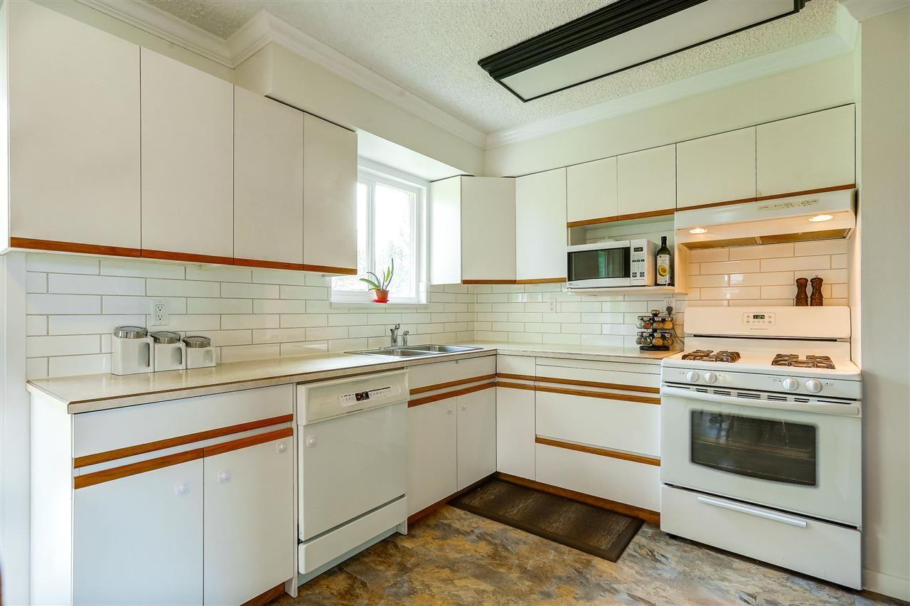 Photo 9: Photos: 11632 STEEVES STREET in Maple Ridge: Southwest Maple Ridge House for sale : MLS®# R2038534