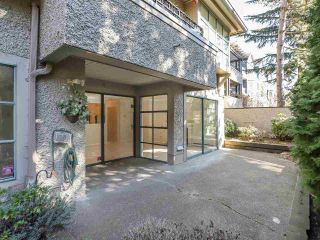 "Photo 3: 105 3788 W 8TH Avenue in Vancouver: Point Grey Condo for sale in ""La Mirada"" (Vancouver West)  : MLS®# R2350569"