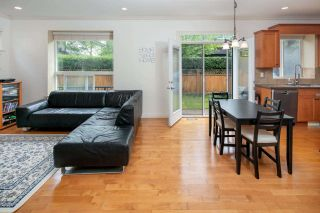 """Photo 8: 7038 181B Street in Surrey: Cloverdale BC House for sale in """"Cloverdale"""" (Cloverdale)  : MLS®# R2574899"""