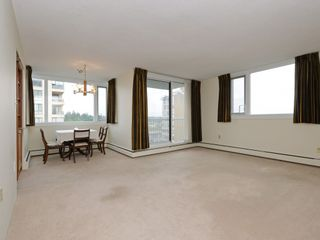 """Photo 14: 904 2165 W 40TH Avenue in Vancouver: Kerrisdale Condo for sale in """"The Veronica"""" (Vancouver West)  : MLS®# R2172373"""