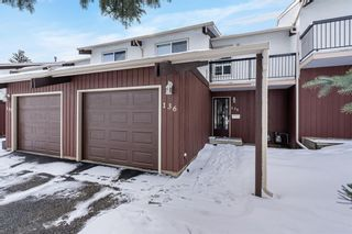 Photo 2: 136 3219 56 Street NE in Calgary: Pineridge Row/Townhouse for sale : MLS®# A1073017