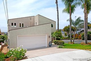 Photo 3: PACIFIC BEACH House for sale : 5 bedrooms : 2409 Geranium in San Diego