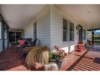 Photo 2: 41751 YARROW CENTRAL Road: Yarrow House for sale : MLS®# R2246799
