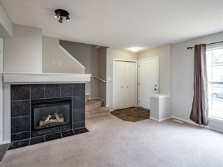 Photo 4: 326 Elgin Place SE in Calgary: McKenzie Towne Semi Detached for sale : MLS®# A1136926