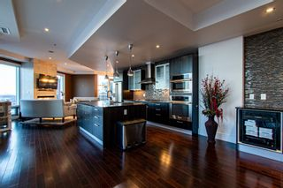Photo 14: 2102 10388 105 Street in Edmonton: Zone 12 Condo for sale : MLS®# E4223976