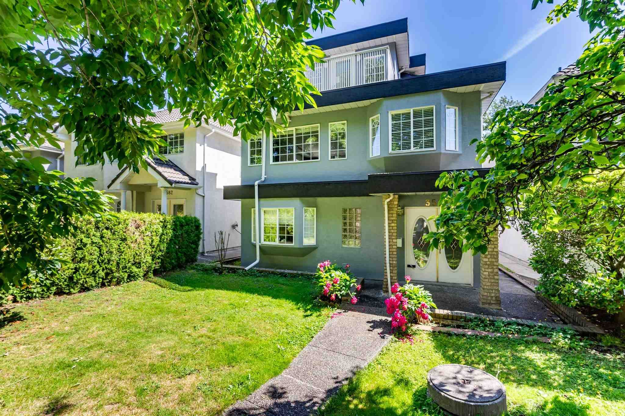 Main Photo: 3580 WILLIAM Street in Vancouver: Renfrew VE House for sale (Vancouver East)  : MLS®# R2594196