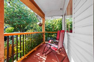 """Photo 3: 2081 TURNER Street in Vancouver: Hastings House for sale in """"Sunrise"""" (Vancouver East)  : MLS®# R2616286"""