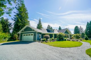 """Photo 3: 21776 6 Avenue in Langley: Campbell Valley House for sale in """"CAMPBELL VALLEY"""" : MLS®# R2476561"""