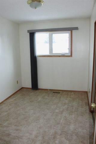 Photo 8: 16225 114a Street NW in Edmonton: Zone 27 House for sale : MLS®# E4228730