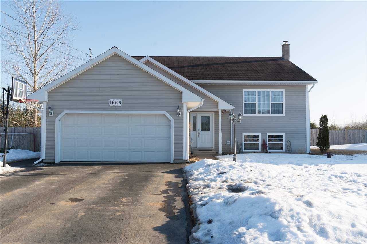 Main Photo: 1866 ACADIA Drive in Kingston: 404-Kings County Residential for sale (Annapolis Valley)  : MLS®# 202003262